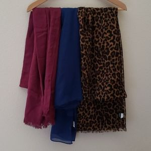 J. Crew scarf burgundy and navy blue